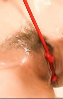 元祖アキバ萌え系アイドルきこうでんみさがオナニーしちゃうぞ!爆乳にローションを垂れ流して、赤い紐でおマンコをゴシゴシ!