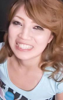 肉感溢れるFカップ爆乳相葉美咲ちゃんは精子ハンター!Wフェラから、豪快T字トリプルフェラ。口内射精&パイずりで精子ゲット!