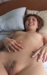 Japanese Hairy Mom - Mao Hosaka Asian wants vibrators on cunt and sucks tool as reward