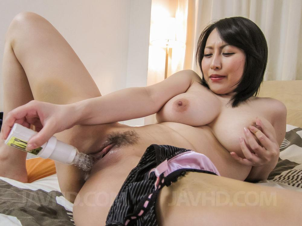 Asian mom big tits