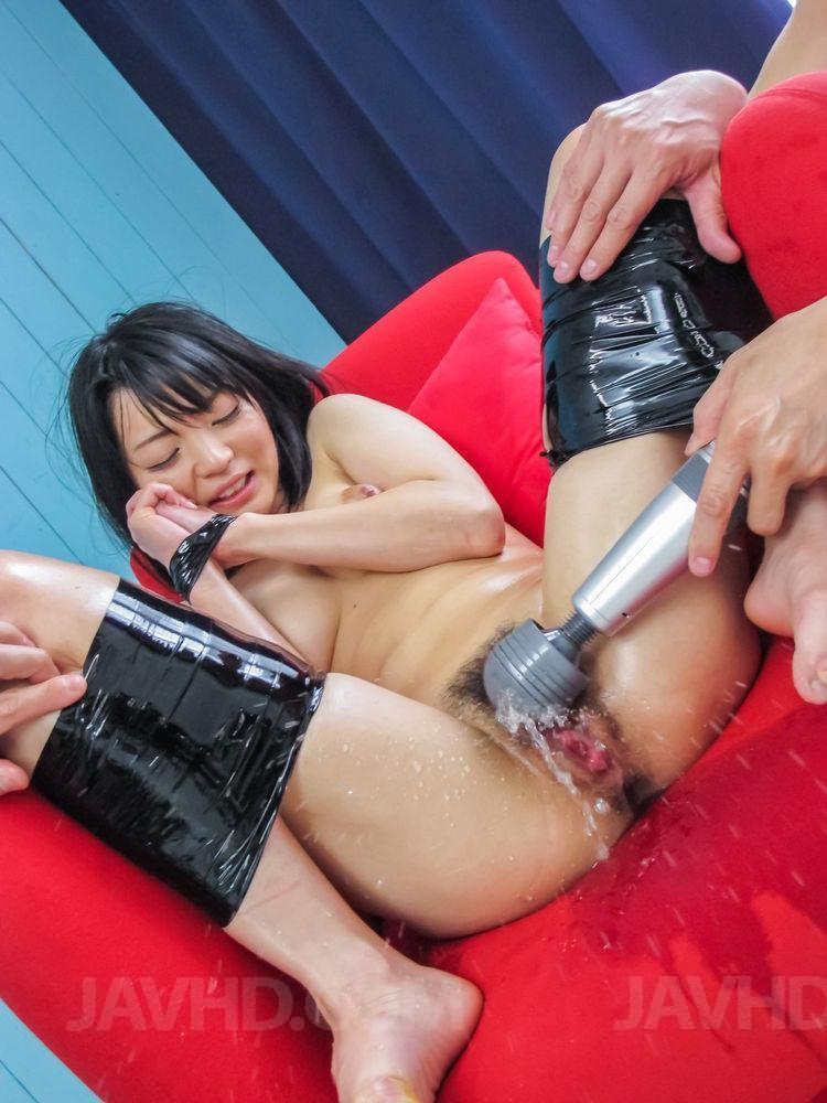 Watch Porn Pictures From Video Konoha Has Wet Slit Explored With